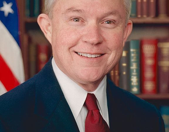 Sessions on track for confirmation over Democratic criticism