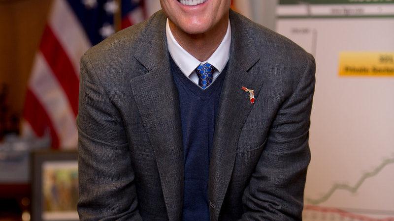 Scott Picks Political Allies For Constitution Panel