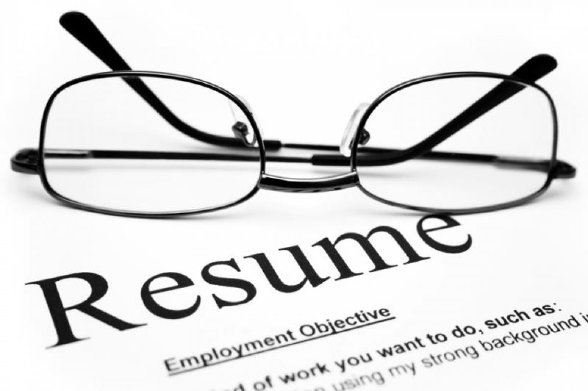 writing your resume are you the candidate potential employers must speak to - Free Resumes For Employers
