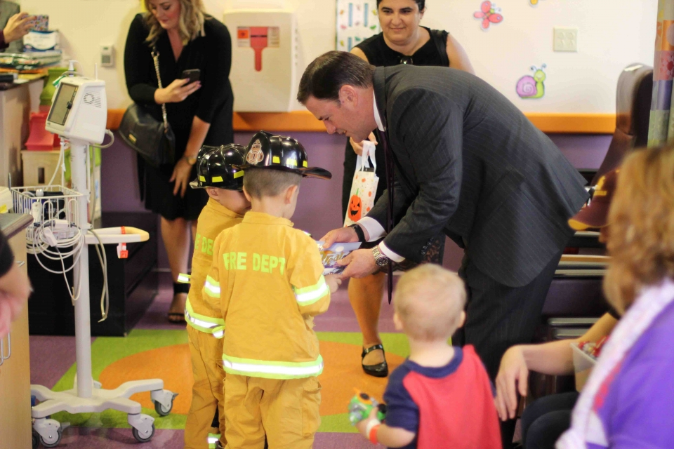 Arizona Gov. Ducey spent Halloween at Phoenix Children's Hospital