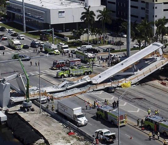 Florida bridge collapsed