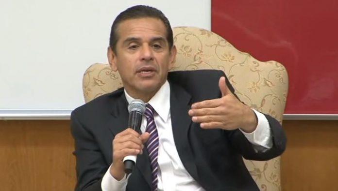 Bloomberg supports Villaraigosa for California Governor