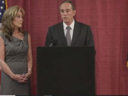GOP Rep. Chris Collins Vows to Fight Insider Trading Charges, Win Re-election