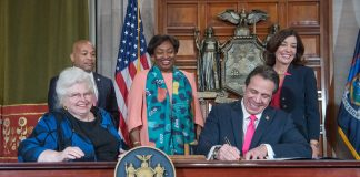 Gov. Cuomo signs reproductive health act