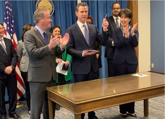 Newsom-California-Charters Schools--Transparency Bill