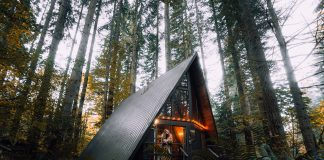 Airbnb house by Unsplash
